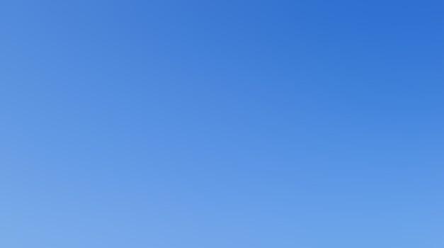 Meditirati o nebu je čudovito.