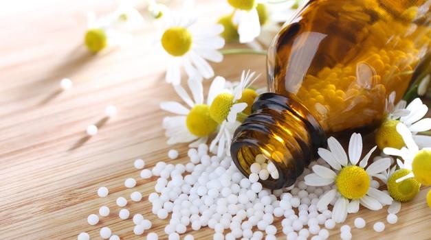 Homeopatija, 200 let staro zdravilstvo. (foto: Shutterstock)