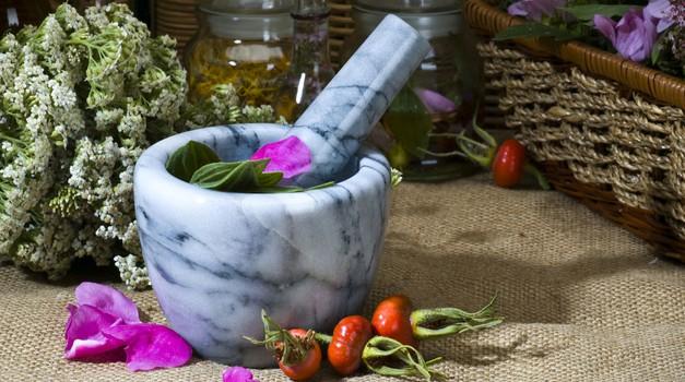 Homeopatija (foto: Shutterstock)