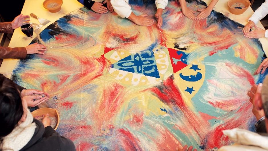 Zakaj simbol mandale navdušuje ljudi in kakšne moči ima (foto: Lojze Kalinšek, Igor Pustovrh, Irena Gayatri Horvat)