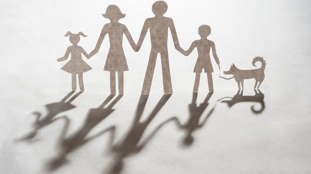 Desa Muck: Skok čez lastno senco (foto: Shutterstock)