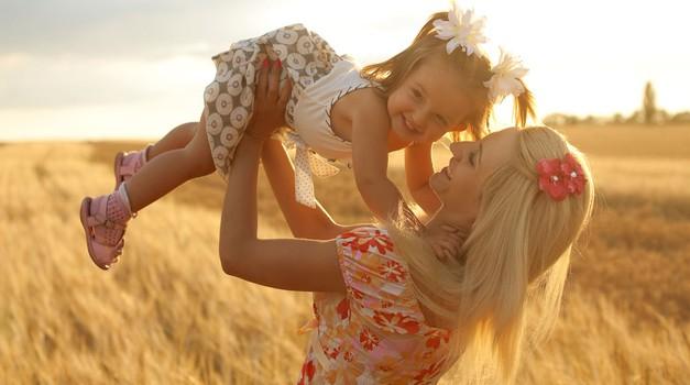 Kolumna: Mama (foto: Shutterstock)