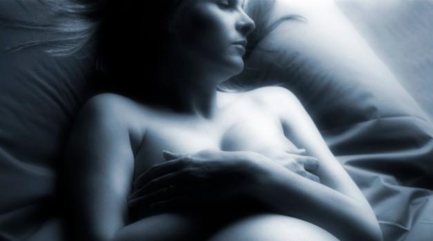 Tako rojstvo kot smrt se morata zgoditi v mirnem in ljubečem okolju. (foto: Profimedia)