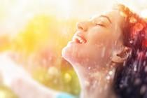zenska-veselje-smeh-dez-sonce-samozavest