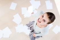 pisarna-sluzba-papirji-smeh-delo