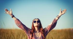 30 pozitivnih misli, ki vas bodo v trenutku dvignile