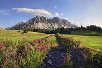 aferer-geisler-peitlerkofel-villnoesstal-valley-dolomiti
