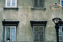 okno-staro-mesto-slovneija