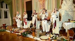 Navdušujoč koncert ansambla Vedun ob izidu dveh novih zgoščenk