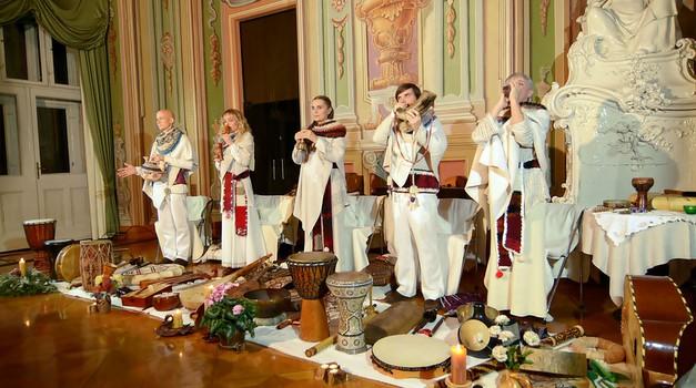 Navdušujoč koncert ansambla Vedun ob izidu dveh novih zgoščenk (foto: Katedra Veduna)