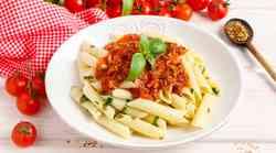 Recept: Bolonjska omaka s cvetačnim mesom