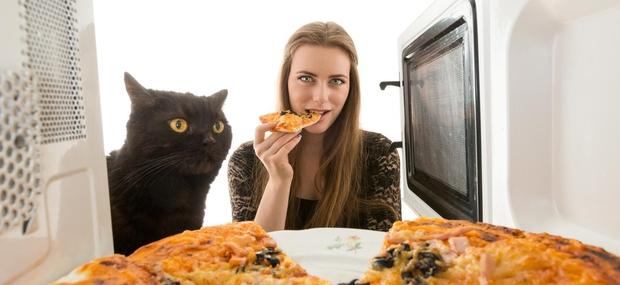 Še vedno uporabljate mikrovalovno pečico?