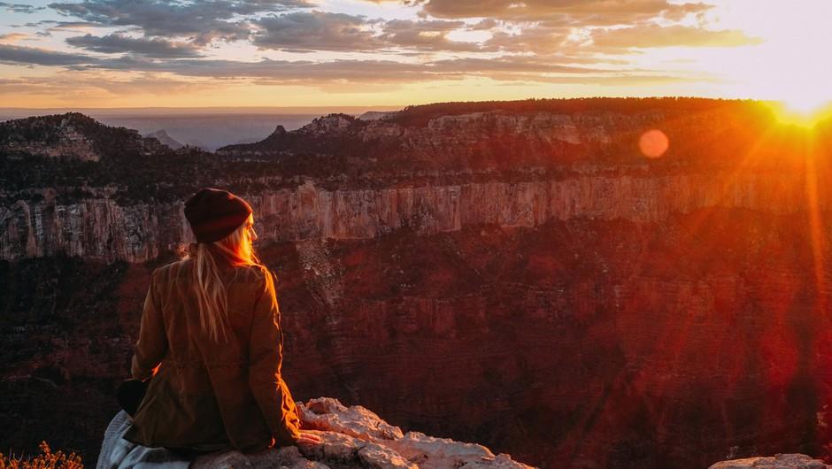 Živimo v času razpadanja vsega, kar ne velja (foto: profimedia)
