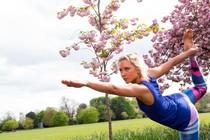 pomlad-joga-v-naravi