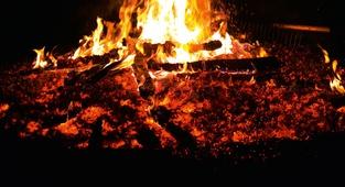 Delavnica: Ples po ognju