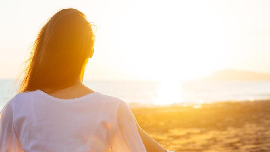 Rumi: Kdor se zaveda ljubezni kot povezujoče kozmične niti, se zaveda enosti vsega obstoječega (foto: profimedia)