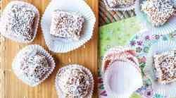 Recept: Kokosove biskvitne kocke