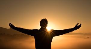 Vaje iz somatike - odlična pomoč pri bolečinah v hrbtu