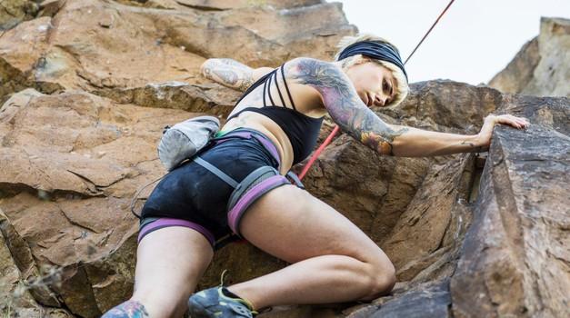 Plezanje: meditacija v gibanju, ki nas uči pomembnih življenjskih lekcij (foto: profimedia)