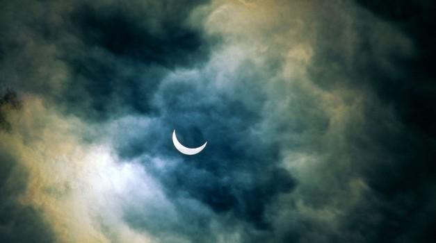Prihaja vpliv Sončevega mrka (foto: profimedia)