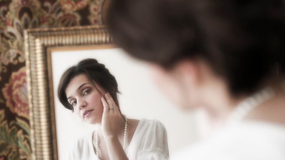 Obsedenost s staranjem je bolezen zahoda, ki zatira resnično moč ženske (foto: profimedia)
