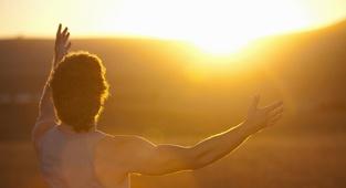 20 lastnosti modrega in prebujenega človeka