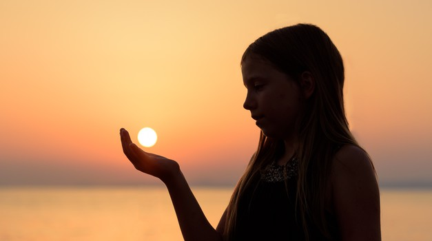 Delni sončni mrk (petek, 13. julij) (foto: unsplash)