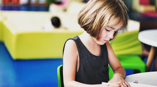 Današnji vzgojni in šolski sistemi ubijajo v otroku dušo (foto: unsplash)