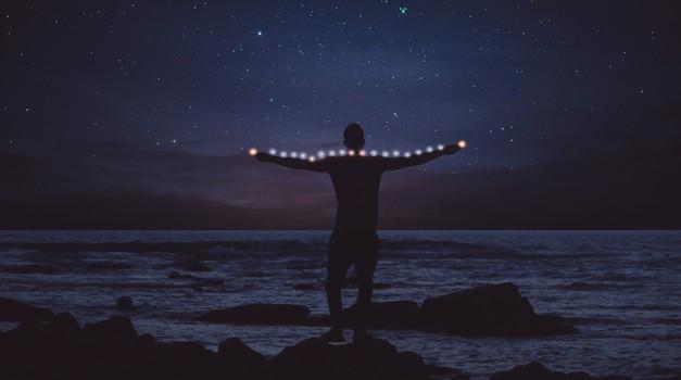 Nikola Tesla: človeško telo je stroj kozmičnih energij! (foto: pixabay)
