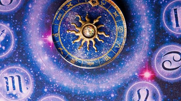 Veliki letni horoskop 2019: Obširne napovedi za vsako znamenje (foto: profimedia)