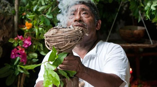 Šaman je modri človek, ki pozna zakonitosti življenja (foto: profimedia)