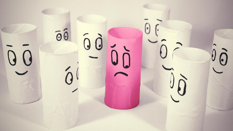 Socialna anksioznost je motnja, ki v Sloveniji prizadene vsakega 7. človeka (foto: Profimedia)
