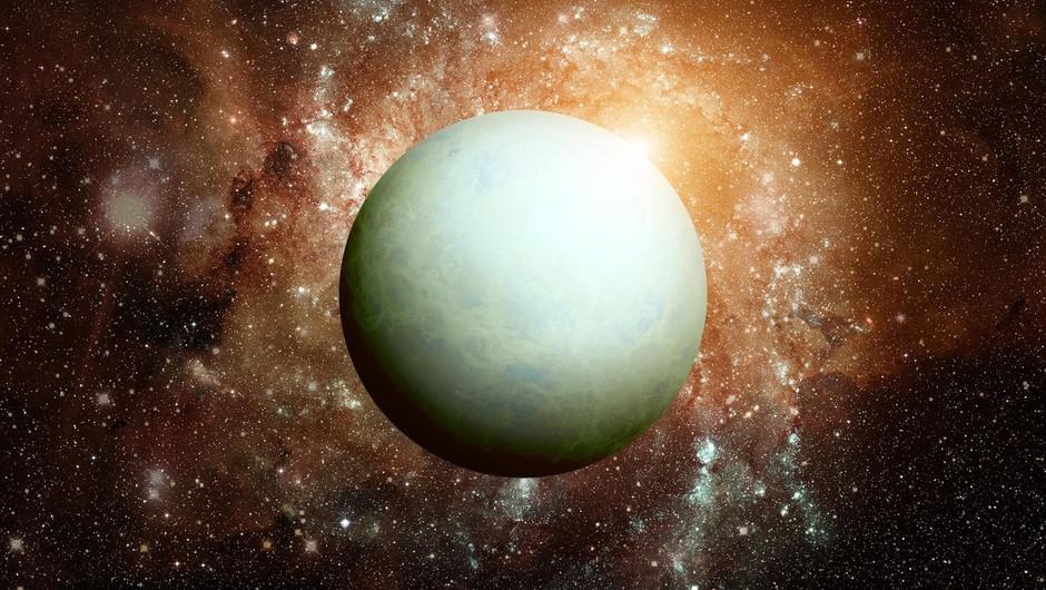 Uran se sprehaja po znamenju bika (foto: profimedia)