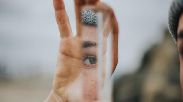 Kako obvladovati svoj čustveni spomin? (foto: Unsplash.com)