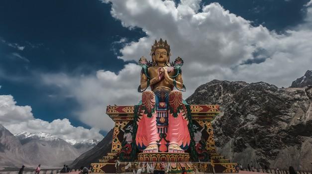 Buda odgovarja na vprašanja (foto: pixels)