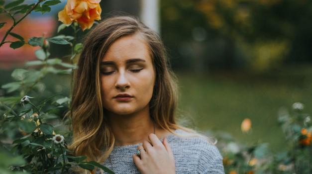 10 načinov ljubezni do sebe po Louise Hay (foto: Unsplash.com)