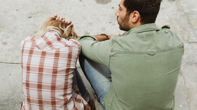 Če se nekomu dogajajo težki odnosi, sam dopušča tako ravnanje (foto: pexels)