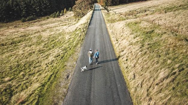 5 pogojev, da lahko partnerja hodita po skupni poti (foto: Unsplash.com)