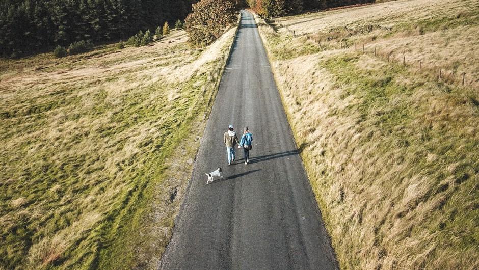 5 pogojev, da lahko partnerja hodita po skupni poti (foto: unsplash)
