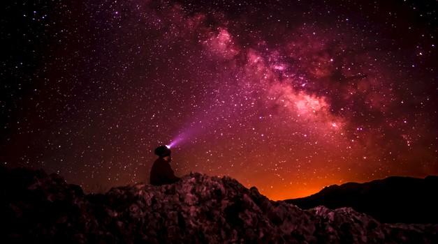 Zvezdna duša, si prepričana, da se želiš utelesiti na Zemlji? (foto: Unsplash.com)