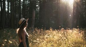 Ko se naučite biti sami, imate lahko stik z drugimi