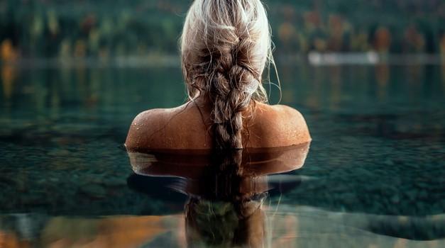 Eksperiment z vodo: Kakšno moč imajo misli hvaležnosti? (foto: Unsplash.com)