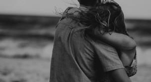 Sporočilo za današnji dan: Ljubi me najbolj takrat, ko si to najmanj zaslužim