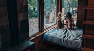 6 introvertiranih znamenj (ki uživajo doma)