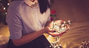 Kaj je za mesec december napovedala astrologinja?