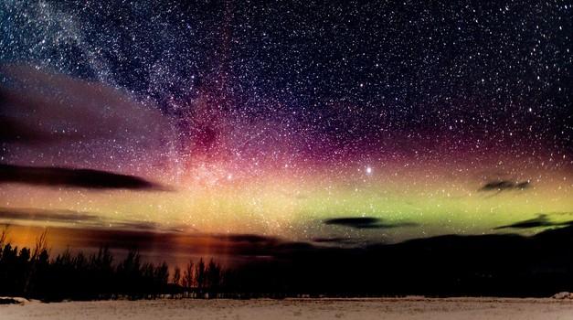 Prihaja MOČNO ŽARENJE Jupitra in Saturna - decembrski čudež?