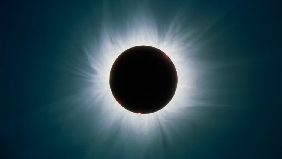 Mlaj/sončev mrk bo najbolj vplival na ta 4 znamenja (foto: profimedia)