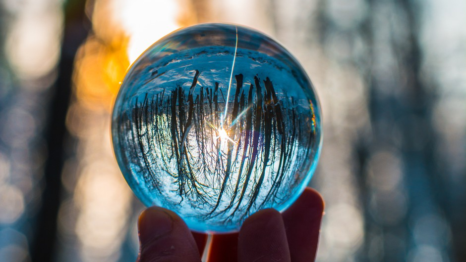 """Pavel Medvešček: """"Vidoni so imeli (nad)naravne sposobnosti. Predvideli so lahko, kaj se bo zgodilo."""" (foto: pexels)"""
