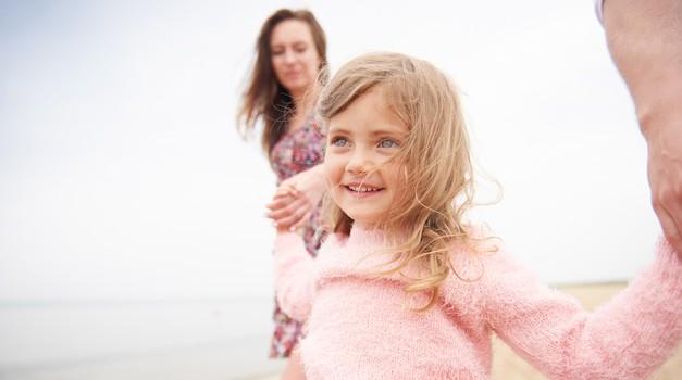 Raziskave so pokazale, da je večina otroških vedenjskih težav povezanih s potlačenimi čustvi in potrebami (foto: profimedia)