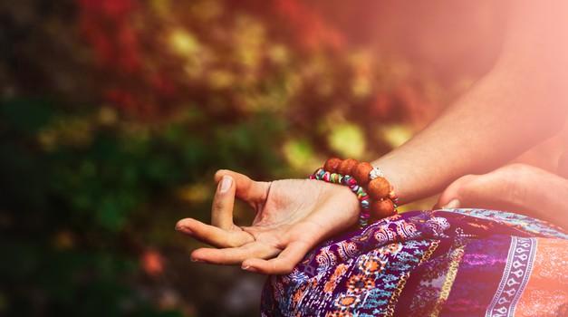 Sensa MEDITACIJA, s katero spustite več svetlobe v življenje (6min 10sec) (foto: shutterstock)